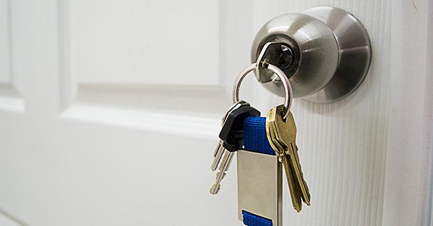 Mi pareja ha cambiado la cerradura de la vivienda familiar